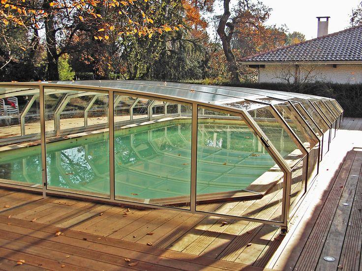 Podzimní atmosféra u bazénového zastřešení RIVIERA