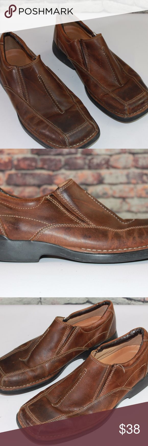 Skechers Mens Leather Loafers Brown 11 BA1L Skechers Mens Leather Loafers Brown  Size: 11  Good condition - good soles. Length of sole: 12 1/2 in Widest part of sole: 4 3/4 in  Thanks for looking! BA1L Skechers Shoes Loafers & Slip-Ons