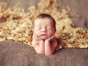 The first year of life is, to put it simply, amazing. Here, you can learn about the growth and development of your little one week-by-week.