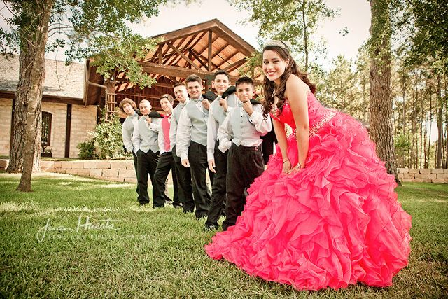 Cute pose with your chambelanes | follow us on http://www.pinterest.com/proimagegroup