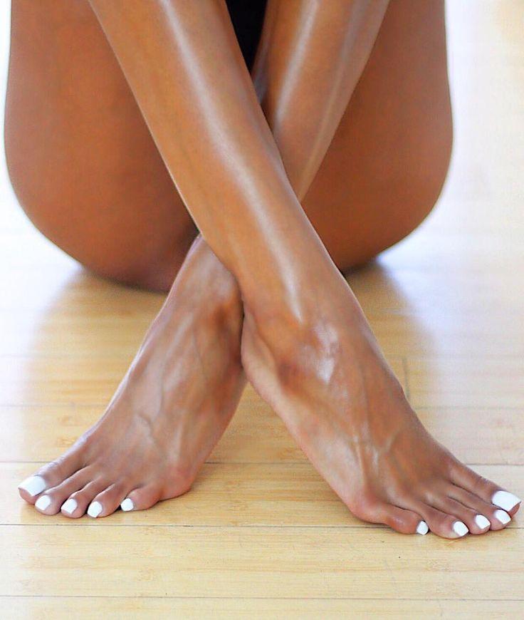 часть фото самых красивых женских ступней этом