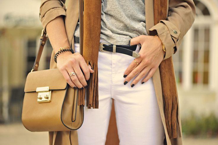 suede-street-fashion #carmelbag #kazar #suedescarf #cowboybelt