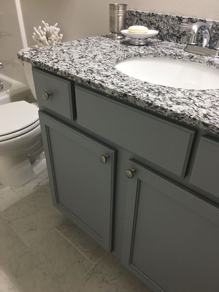 White Mist Granite This Granite Color Puts The Perfect Finishing Touch On This Local Home Completed By Alpha Countertops In 2020 Countertops Granite Colors Granite