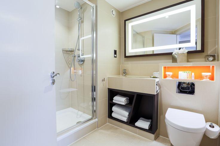King Bed Deluxe Room Bathroom