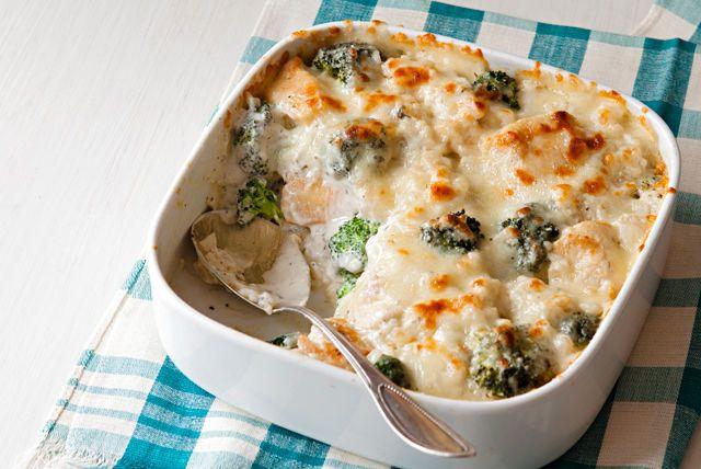 Gratin de poulet, de brocoli et de riz/Onctueux et réconfortant, ce plat au four rempli de fromage a tout pour plaire!/kraft canada