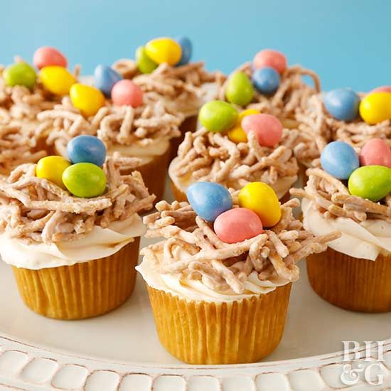 Celebrate Easter with these fun cupcakes. From bird's nest cupcakes to burrowing bunny cupcakes, these adorable cupcakes will delight all your guests. #easter #eastercupcakes #easterdesserts #easterbaking