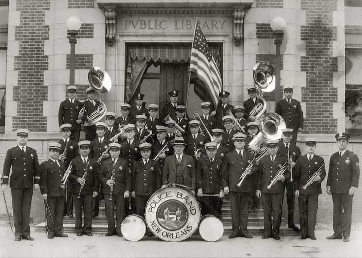 New orleans police department band in front of the for Police orleans