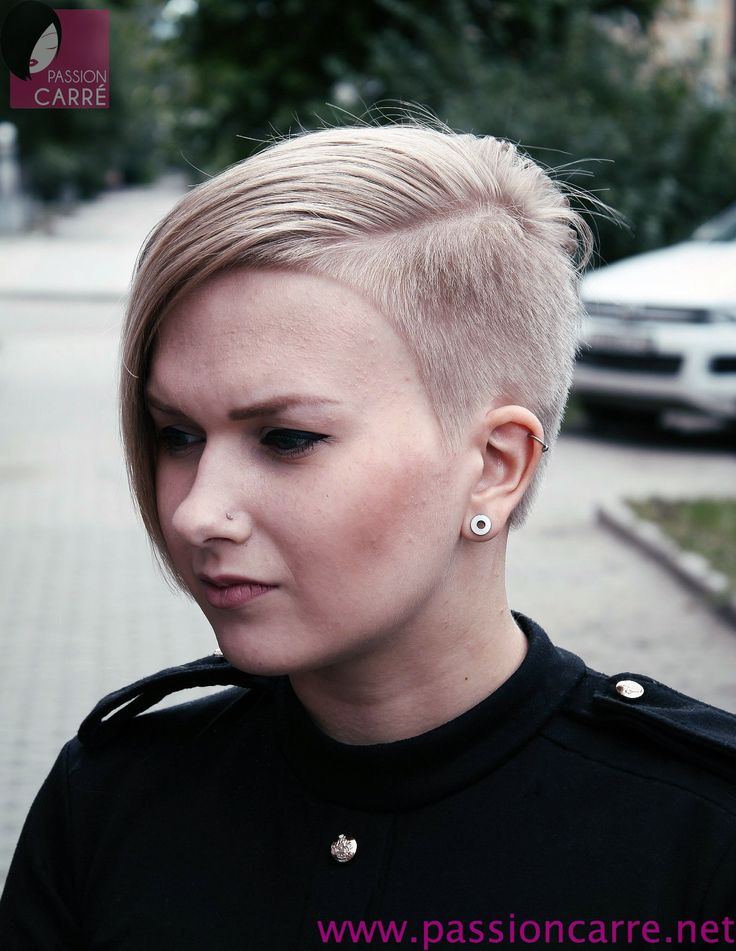 17 best images about short and extreme haircuts for women - Coupe courte blonde ...