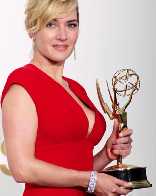 """Kate Winslet sometimes thinks, """"I'm a fraud, and they're going to fire me… I'm fat; I'm ugly."""" - Highly creative and talented people are often susceptible to high standards and expectations that can lead to unhealthy self-esteem. #PersonalGrowth #selfesteem"""