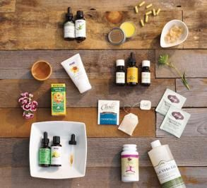 Natural Remedies Travel First Aid Kit: Natural Health, First Aid Kit, Herbal Remedies, Essential Oils, Firstaid, Travel, Herbal Medicine, Natural Remedies, Naturalremedies