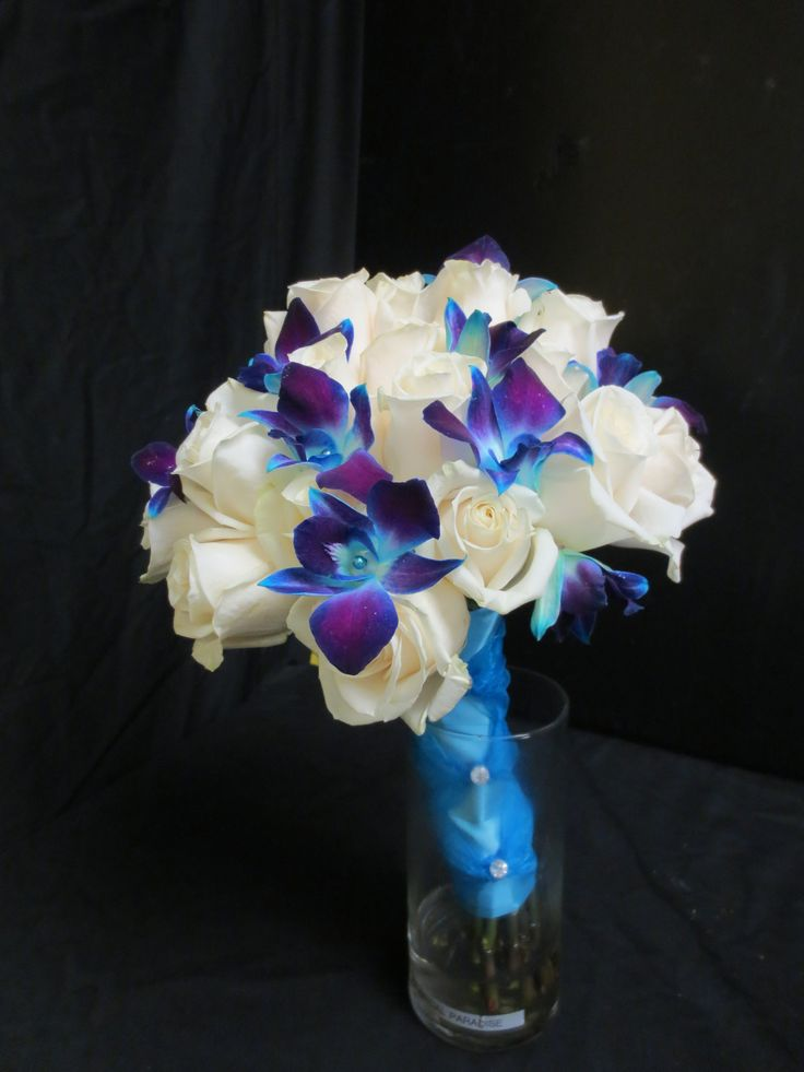 blue orchids Flowergirls Weddings 58th & Lewis Tulsa, Ok 918-949-1553 www.flowergirlsoftulsa.com