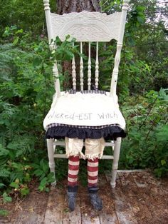 Wicked-EST Witch's Seat, Primitive, Folk Art, WITCH Shoes, Chair Pad, Halloween, E PATTERN