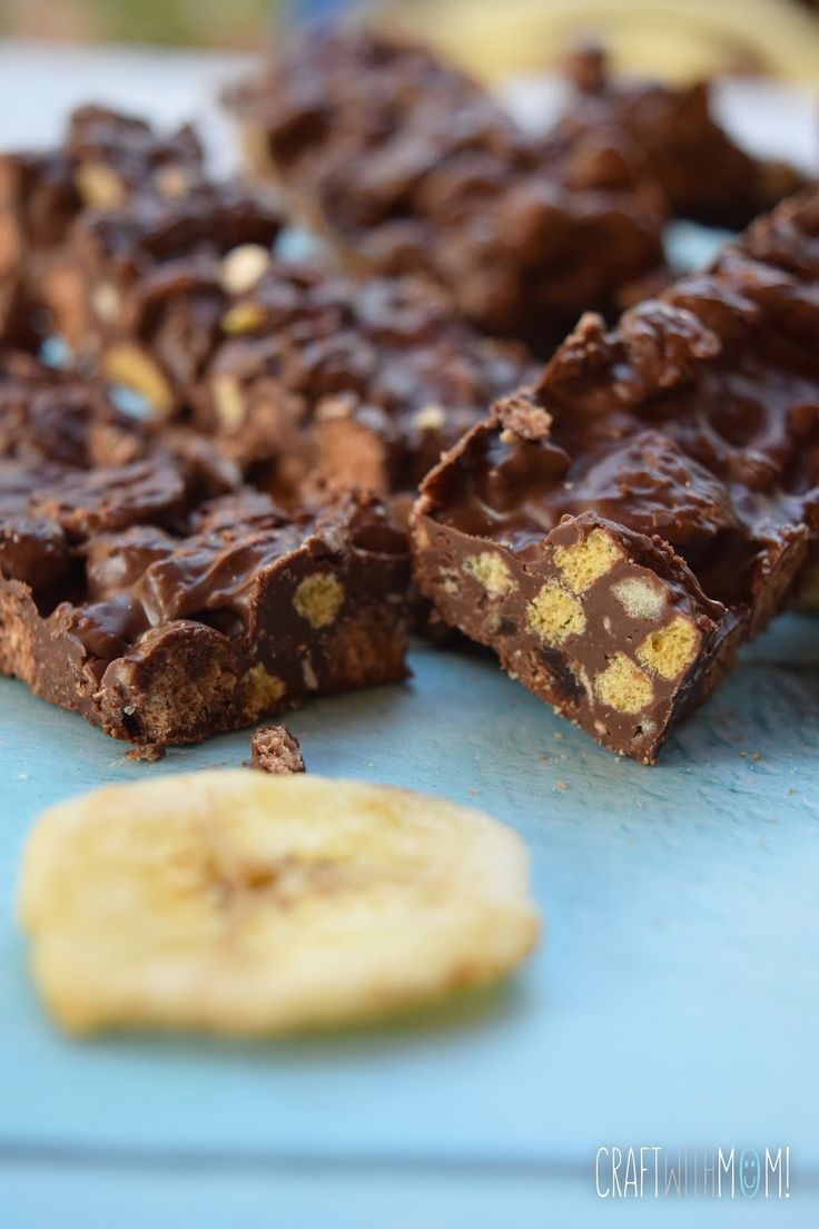 Chocolate cereal bars with banana chips!