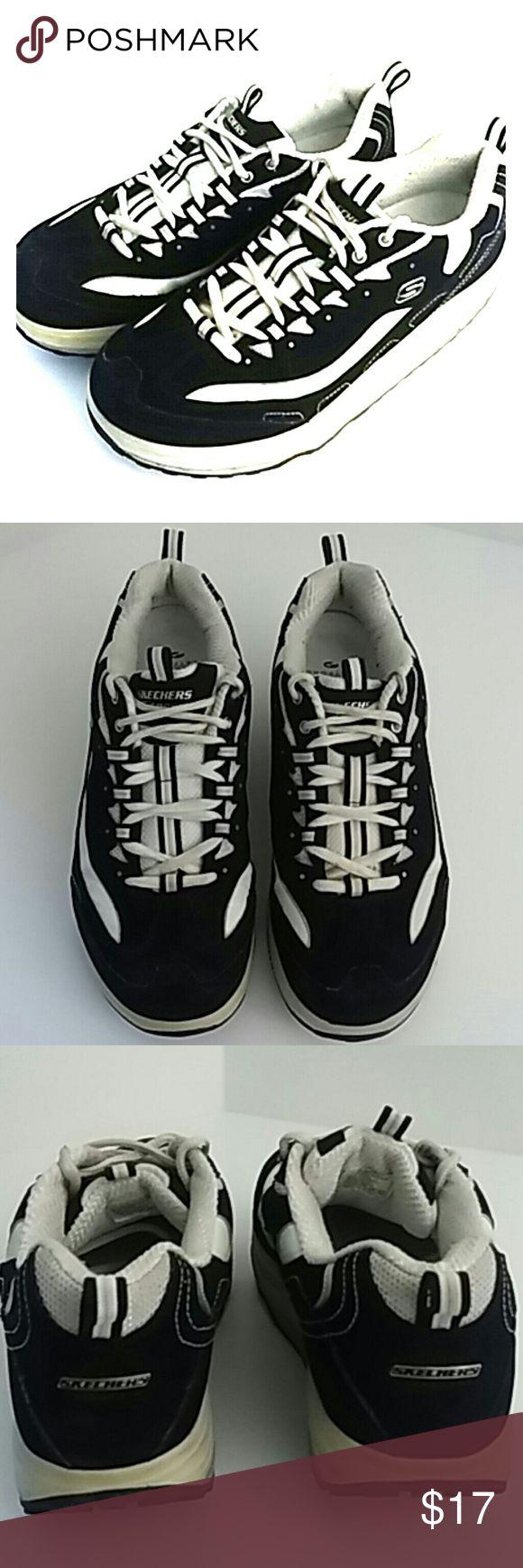 Skechers Shape Up 10 Black White Fitness Shoes Skechers Shape Up 10 Black White Fitness Shoes  Normal wear. Little wear on tread. Skechers Shoes Athletic Shoes