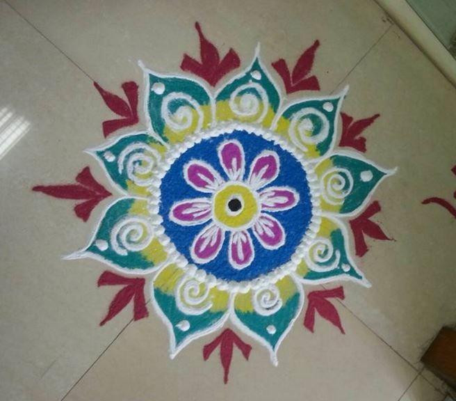 Best 25 easy rangoli patterns ideas on pinterest diwali for Home made rangoli designs