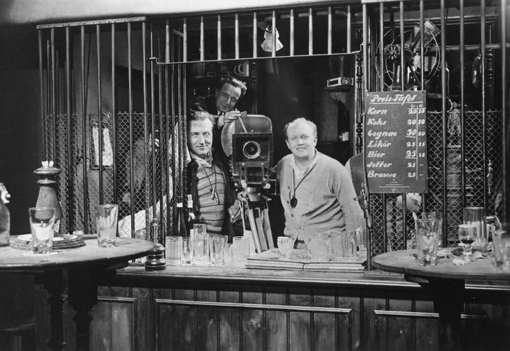 Fritz Lang (left) with cameramen Karl Vaß and Fritz Arno Wagner on the set of M (1931)