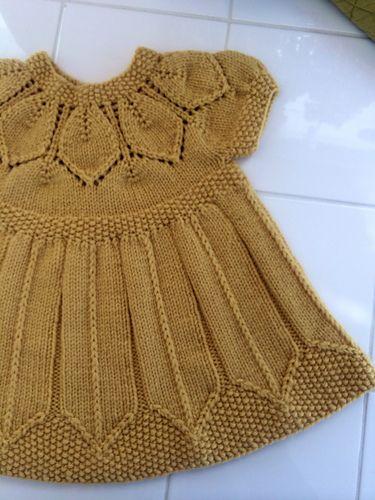 Ravelry: aquilterknits' Dottie's Petal Dress