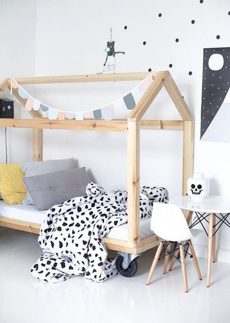 mommo design: 10 HOUSE FRAMED BEDS