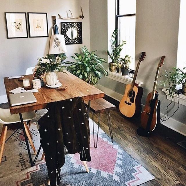 1000 ideas about guitar bedroom on pinterest army room for Guitar bedroom designs