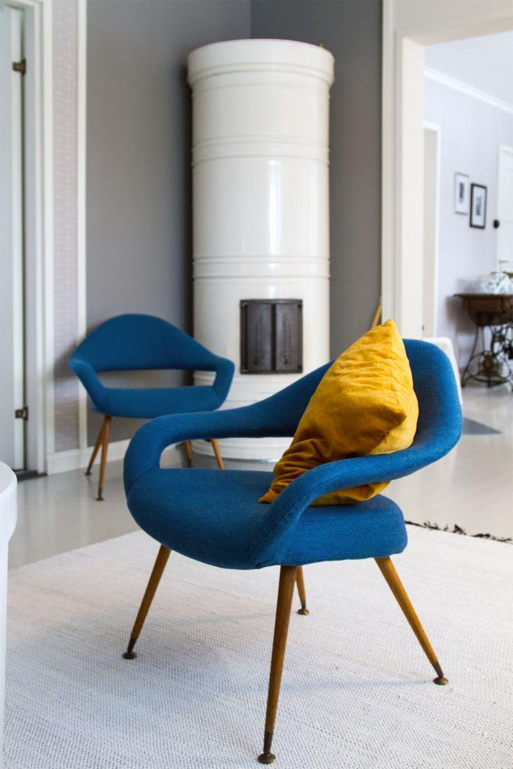 Nojatuolien uusi verhoilu, 50-luku, nojatuoli. Renewed upholsteries, midcentury, armchair.