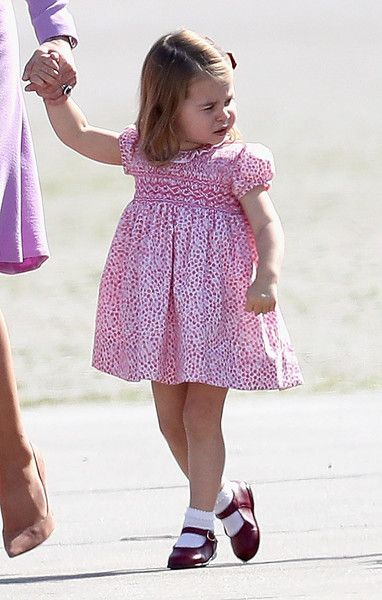 Princess Charlotte of Cambridge Photos Photos - Prince William, Duke of Cambridge, Catherine, Duchess of Cambridge, Prince George of Cambridge and Princess Charlotte of Cambridge view helicopter models H145 and H135 before departing from Hamburg airport on the last day of their official visit to Poland and Germany on July 21, 2017 in Hamburg, Germany. - The Duke and Duchess of Cambridge Visit Germany - Day 3