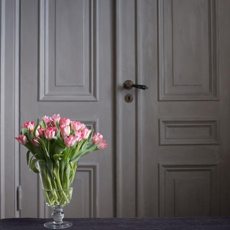 Kalklitir on doors..  #kalklitir #limepaint #eco #vocfree #mixoftwocolours #granit #sansaccaria