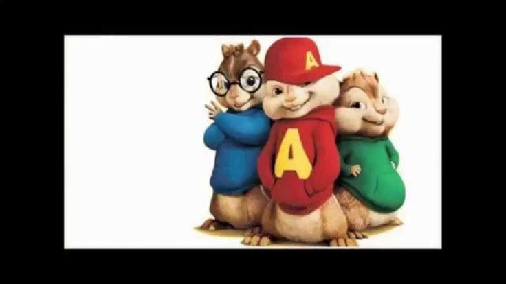 Homenagem De Alvin E Os Esquilos Ao Grupo Troia Cantando O