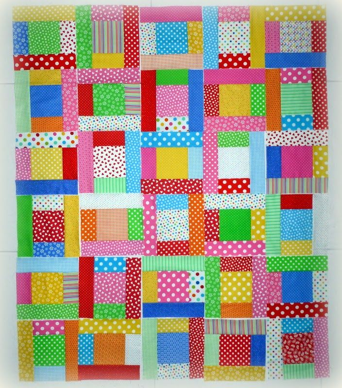 Doodlebugs and Rosebuds Quilts: Monday Design Wall