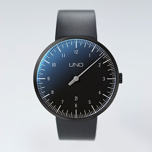 UNO+ CARBON Automatic one-hand watch | Botta Design
