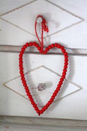 Pieni Sydän Puuhelmet Punainen