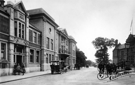 Post Office And Coronation Hall 1918