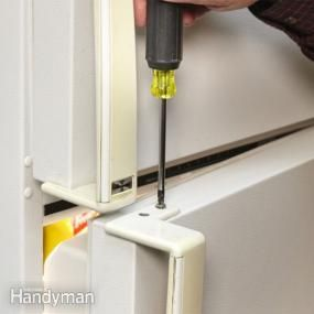 Yellowed handles can make a refrigerator or other appliance look old before its time. Fix the problem easily with a spray paint designed for plastic surfaces.