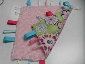 Sew Divertimento: Baby Taggie Blanket ~ Tutorial