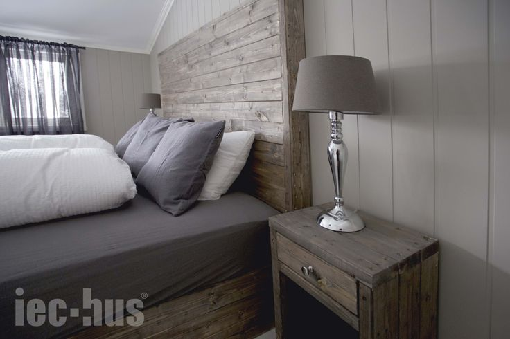 Soverom, hjemmesnekra møbler, inspirasjon, interiør   http://iec-hus.no/