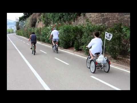 ▶ Pista ciclabile del parco costiero della Riviera dei Fiori - YouTube (lovely slideshow with music that will bring a smile to your face)