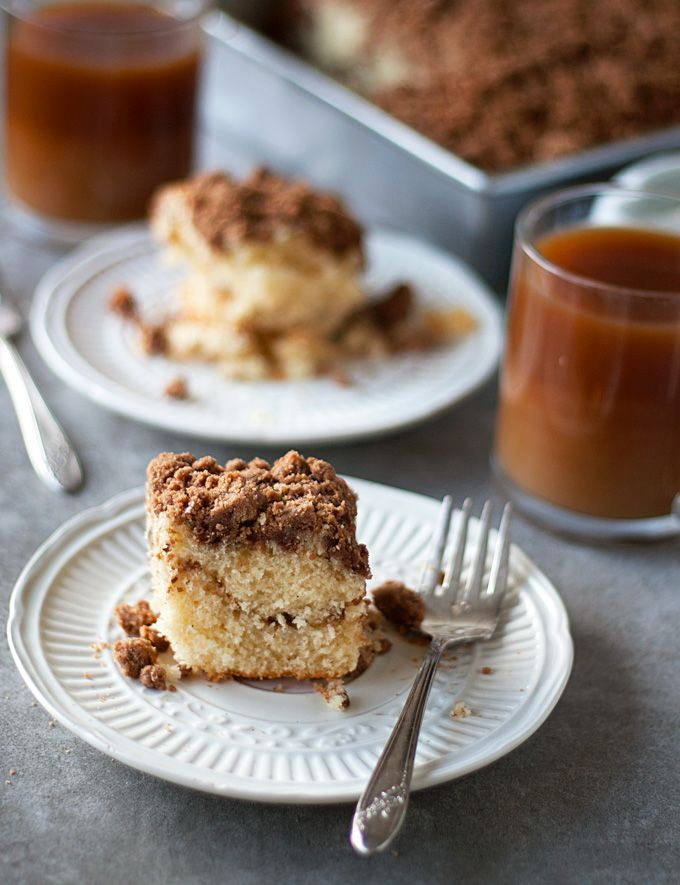 Super Cinnamon Coffee Cake - made with ground cinnamon and cinnamon extract! The perfect breakfast for a perfect morning! Happy Food Dance