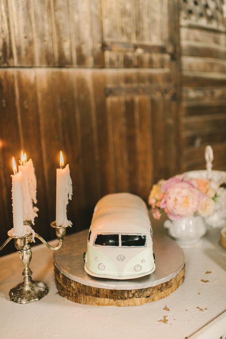 A Vintage VW Camper Groom's Cake