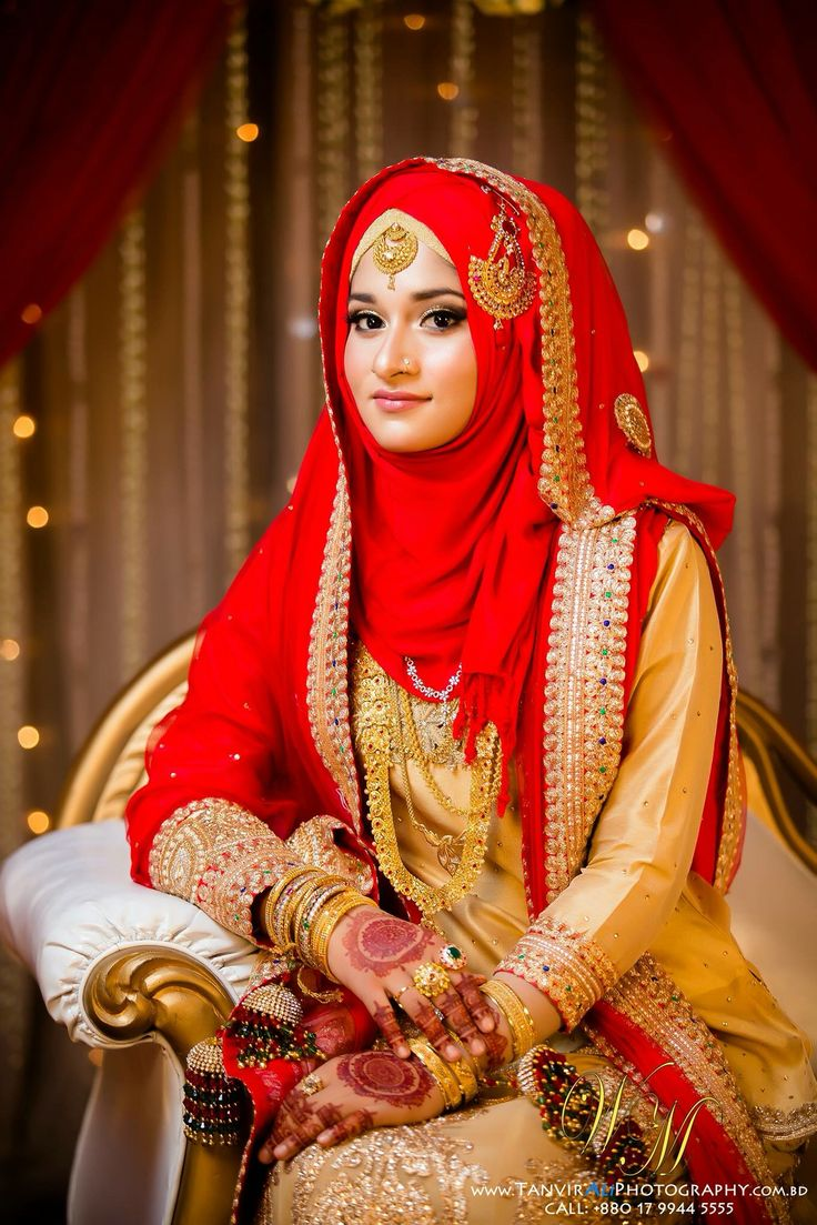 Red #HijabiBride #SouthAsianBride இ Hijabi South Asian Brides