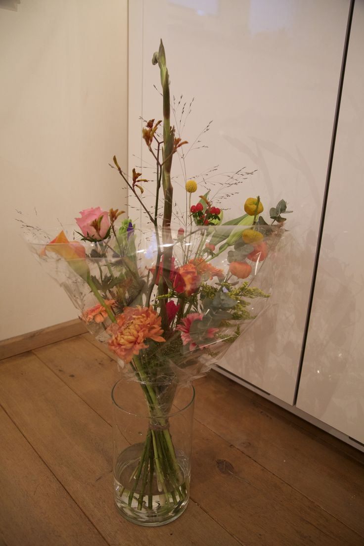 #bloemschikken #bloemstyling #bloemen #flowers #portfolio #boeket #veldboeket #amsterdamsboeket