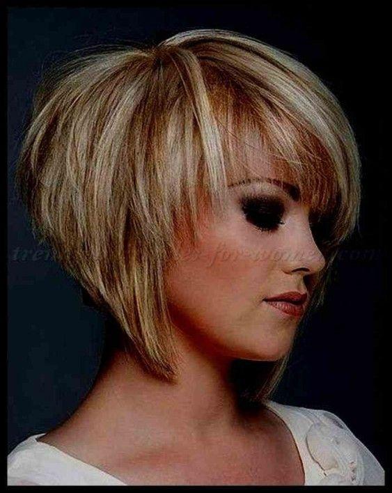 Inspirational Frisuren Halblang Blond Gestuft In 2020 Frisuren Bob Frisur Frisuren Halblang Rundes Gesicht
