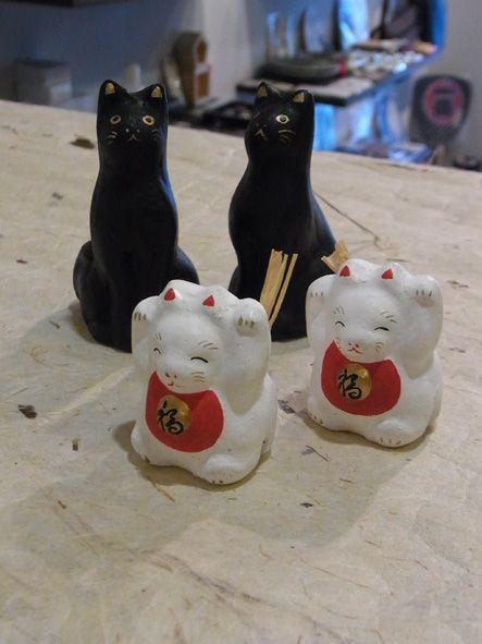 蝉丸 黒猫 白招き猫土鈴