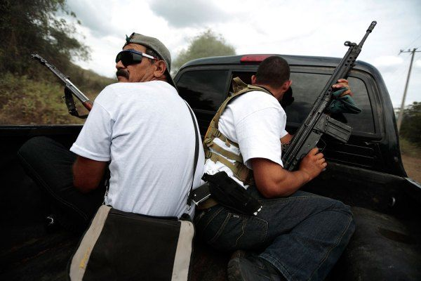"Mexican Vigilantes Beat Back Ruthless Knights Templar Cartel  Vigilante militia groups, with the apparent blessing of the Mexican government, are ""liberating"" towns once occupied by a shadowy, powerful drug cartel"