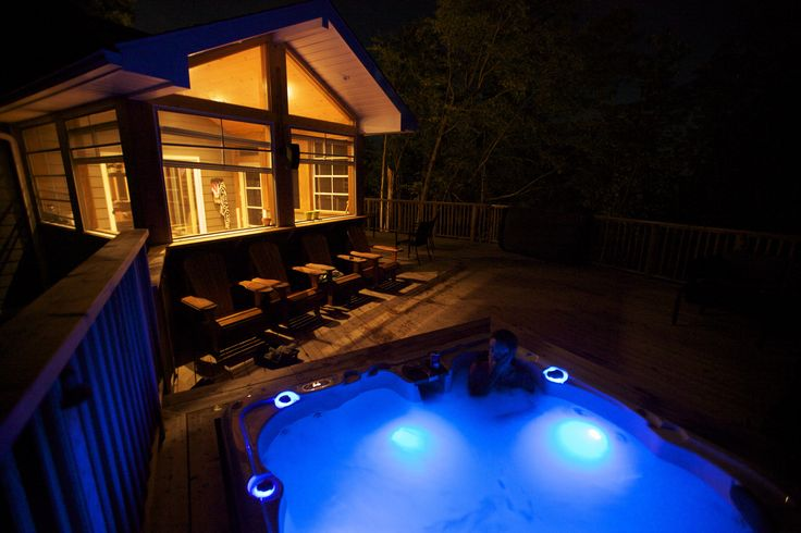 Cottage deck with hot tub