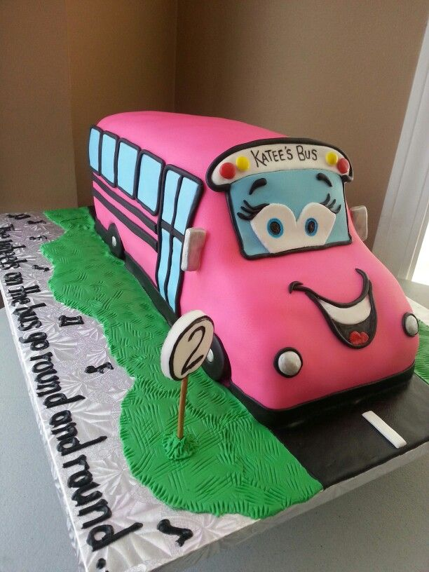 Birthday Cake Using The Wheels On The Bus Theme Kakes By