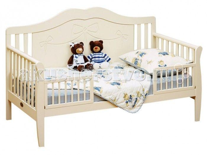 Детская кроватка Giovanni Diva Valencia  Детская кроватка Giovanni Diva Valencia королевская, нежная и изысканная модель, в которой ваша девочка будет ощущать себя настоящей принцессой.   Особенности: Фасад кровати-диванчика украшен резьбой, что придает этой модели утонченную красоту с элементами роскоши.  Она идеально подойдет для подросшего ребёнка от 2 лет до 10 лет и поможет плавно перейти от сна в кроватке для новорожденного к взрослой кровати.  Съемные защитные бортики с двух сторон…