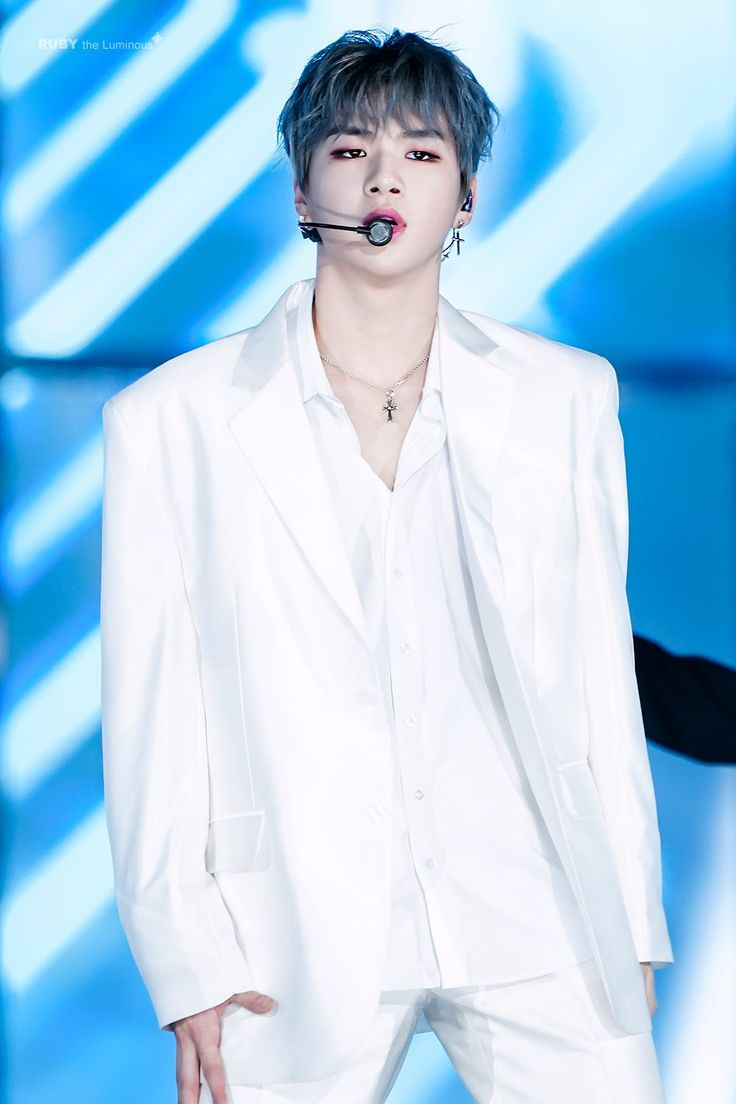 171225 Wanna One at SBS Gayo Daejun (Cover We Are The Future- H.O.T) #Daniel