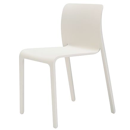 Chair First スタッキングチェア