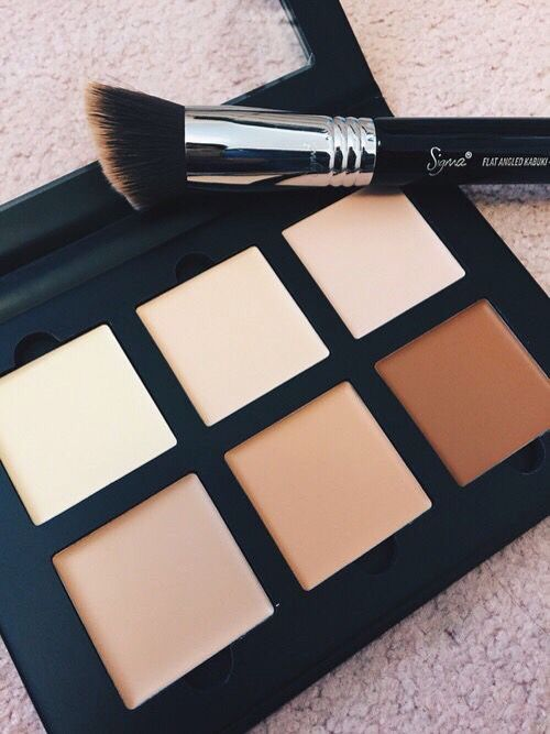 I love contouring, I am in need of a good cream contouring kit.