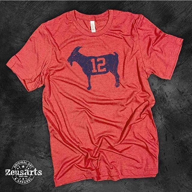 The GOAT is back! Go check out this unique, vintage T-shirt by @zeusarts celebrating the Greatest Of All Time, Tom Brady. Link to buy is in @zeusarts bio.