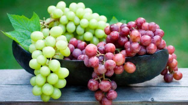 تفسير حلم العنب للعزباء في المنام بكل التأويلات In 2020 Grapes Fruit Grape Seed Extract